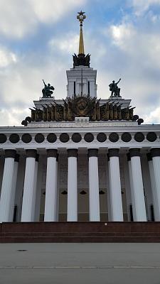 Нажмите на изображение для увеличения Название: Центральный вход в ВВЦ в Москве .jpg Просмотров: 76 Размер:91.3 Кб ID:938